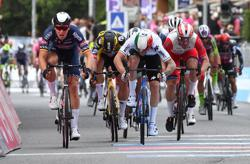 Cycling-Merlier wins stage two of Giro with impressive sprint