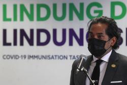 Khairy: M'sia to receive 875,000 doses of Pfizer, AstraZeneca vaccines from May 19 to June 1
