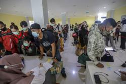 Indonesia: Thousands turned back to stop Idul Fitri exodus as country reports 4,891 new Covid-19 cases, 206 new deaths