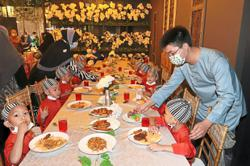 Needy children treated to tasty buka puasa buffet
