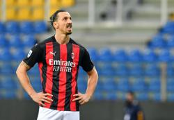Soccer-Ibrahimovic to miss two games of Milan run-in, says Pioli