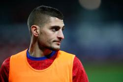 Soccer-PSG's Verratti doubt for Euros after knee injury