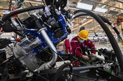 Beijing's vehicle inventory alert index up in April