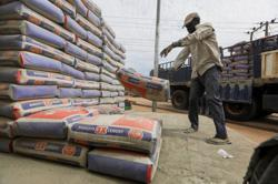 Rising cement costs hamper Nigeria's building developers