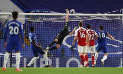 Soccer-Chelsea's Champions League push hit by loss to Arsenal