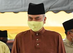 Sultan Nazrin: Let's celebrate Raya by observing SOPs, be thankful and help those affected by pandemic