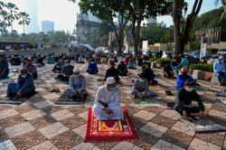 Muslims celebrate Hari Raya on moderate scale, comply with Covid-19 SOP