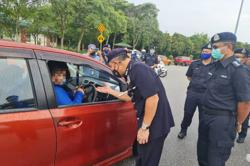 MCO: Several motorists told to turn back at Sungai Buloh toll