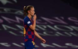 Soccer-Chelsea set sights on Barca upset in Women's CL final