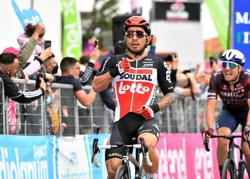 Cycling-Ewan takes second stage win in Giro