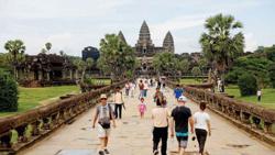 Cambodia: International tourist arrivals plunge 93.9% in Q1
