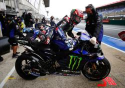 Motorcycling-Yamaha's Quartararo takes pole ahead of Vinales at French Grand Prix