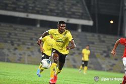 Hafizul's still handy for Perak, but issues becoming a handful