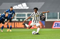 Soccer-Juventus edge Inter thriller to stay in top-four race