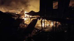 Fire razes 35 houses in Putatan, 221 left homeless
