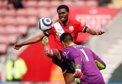 Hasenhuettl praises 'biggest talent' Tella after Fulham win