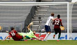 Soccer-Kane helps tame Wolves to boost Spurs' European chances