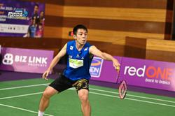 Shuttler continues dominating form to clinch SU5 men's singles title