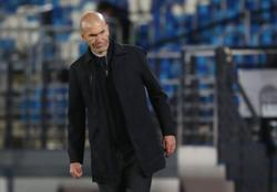 Soccer-Zidane rejects reports he has told Real players he is leaving