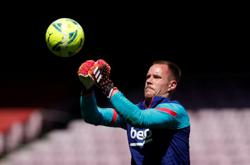 Soccer-Germany keeper Ter Stegen to miss Euros with knee problem