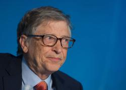 Scrutiny increases of Gates after Microsoft affair surfaces