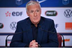 Soccer-Deschamps puts France interests first in Benzema Euro call-up