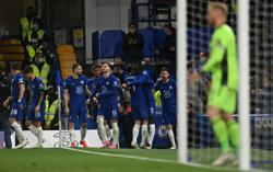 Soccer-Chelsea gain revenge over Leicester in crunch top-four battle
