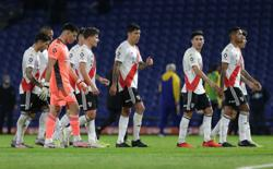 Soccer-River Plate plead for goalkeeper after squad depleted by COVID-19