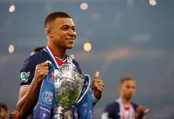 Soccer-Mbappe magic sets up PSG for French Cup victory