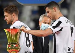 Soccer-Ronaldo completes the set, Buffon matches Maldini trophy haul