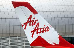 AirAsia X posts record quarterly loss, eighth in a row