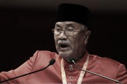 Condolences pour in for family of late Umno deputy permanent chairman