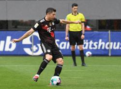 PREVIEW: Soccer - Augsburg out to deny Lewandowski sole league goal record-coach