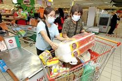 Supermarkets assure customers of ample stock