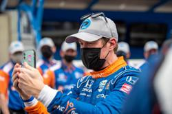 Motor racing-Dixon secures pole position for Indianapolis 500