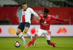 Soccer-Lille claim Ligue 1 title to break PSG's dominance