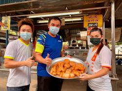 Penang DAP lawmaker in the soup after picture of him allegedly dining-in at hawker centre goes viral