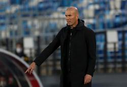 Soccer-Zidane restored success to Real but seemed unwilling to rebuild