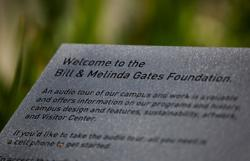 Bill Gates and Melinda French Gates explore changes to charitable foundation - WSJ