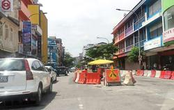 Motorists irked by lengthy sewerage upgrading work