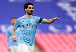 Soccer-Gundogan picks up minor knock in City's final training session