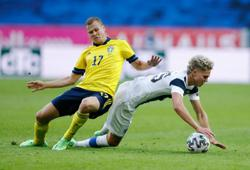 Soccer-Sweden ease to 2-0 Euro warm-up victory over Finland