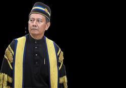 Speaker slams Emergency critics