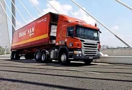 Tiong Nam is investing about RM200mil to construct three new warehouses in Singapore and Johor and to expand its truck fleet.