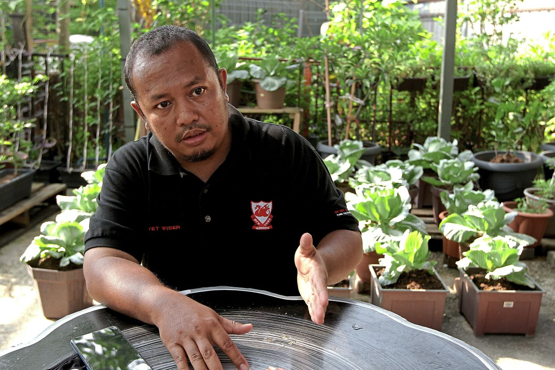 Rashdan says the association has plans to hold talks on sustainable farming for schoolchildren.