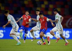 Soccer-Messi scores penalty but Argentina held by Chile in 2022 qualifier