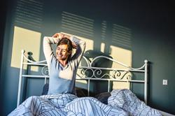 Waking early after sufficient sleep lowers depression risk