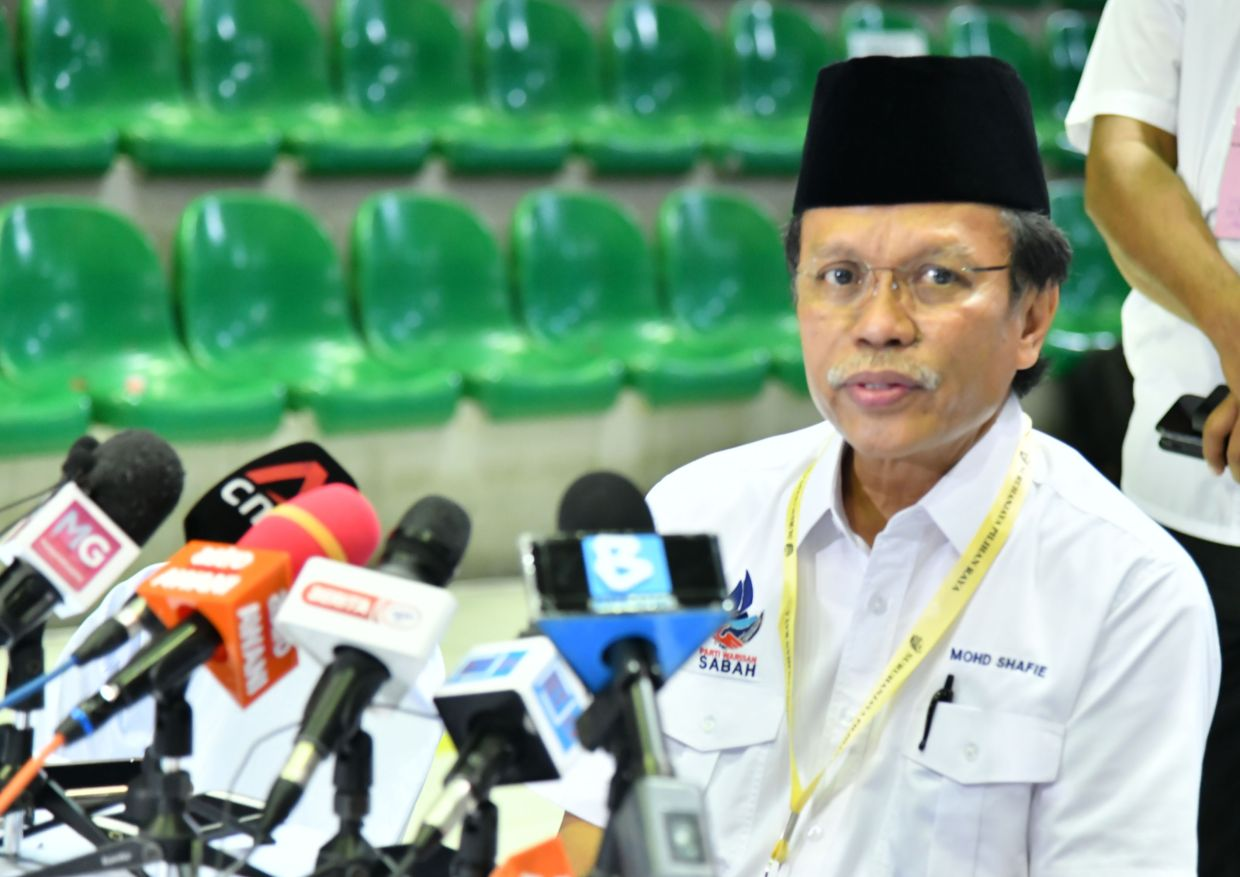 Shafie Apdal Hybrid Parliamentary Meeting A Half Baked Attempt At Tackling Covid 19 The Star