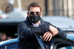 Tom Cruise in self-isolation after film crew tested positive for Covid-19