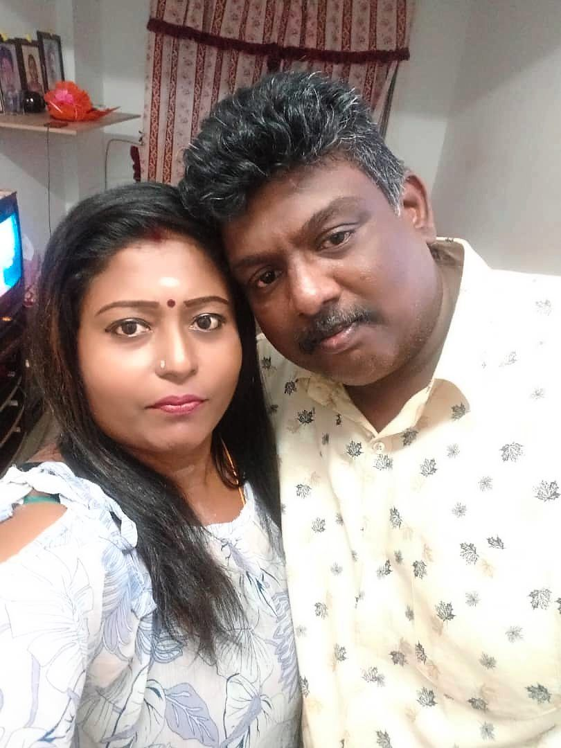 Sasikumar with his wife Thilagavathy.